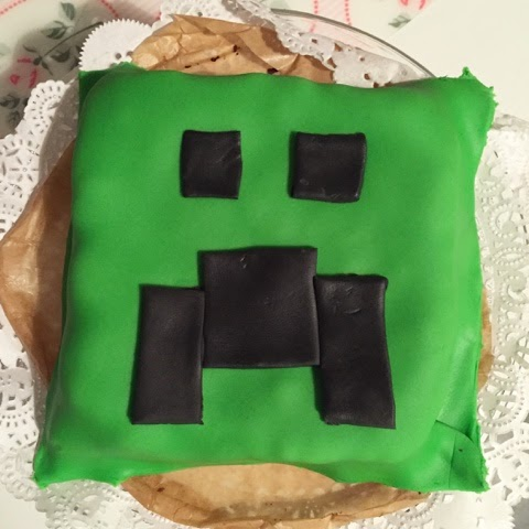 Minecraft Creeper Cake Lady Chaos
